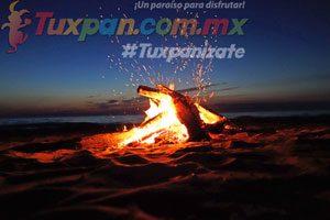 Playa de Tuxpan de noche, acampar, fogatas