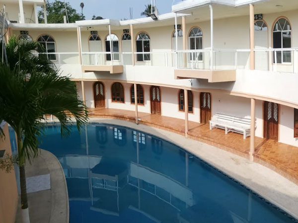 Alberca del hotel City Gil en Tuxpan, Veracruz