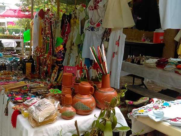 Artesanías en la Quinta la Esperanza en Tuxpan, Veracruz