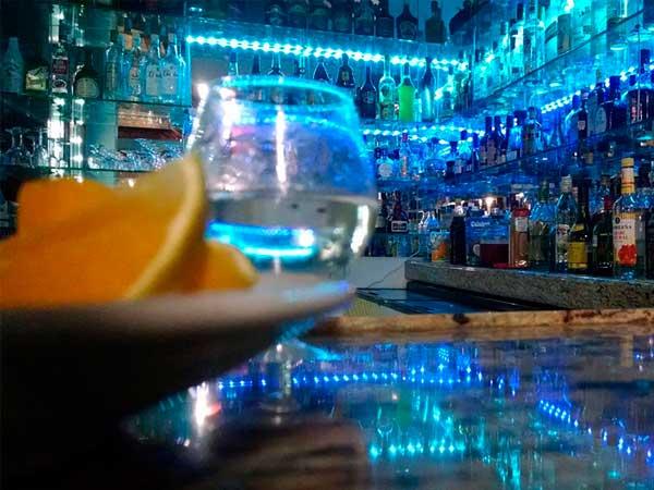 Bar del Restaurante del Mar en la Mata de Tampamachoco en Tuxpan, Veracruz