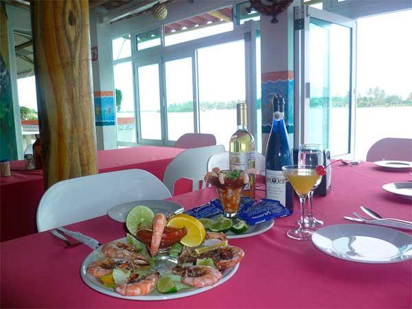 Camarones frescos del restaurante Del Mar en Tuxpan