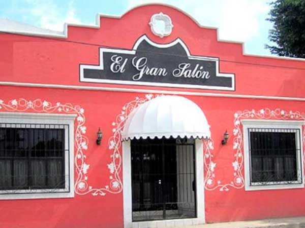 Fachada del Gran Salón en Tuxpan, Veracruz
