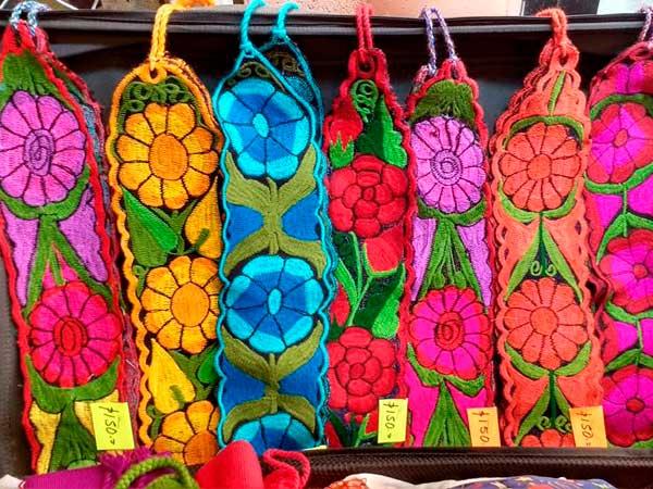 Artesanías bordados a mano en Tuxpan, Ver.