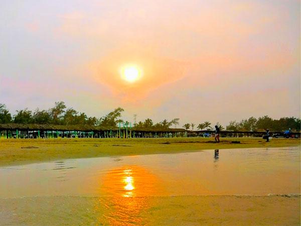 Restaurante Mar de Plata en la Playa de Tuxpan, Ver.