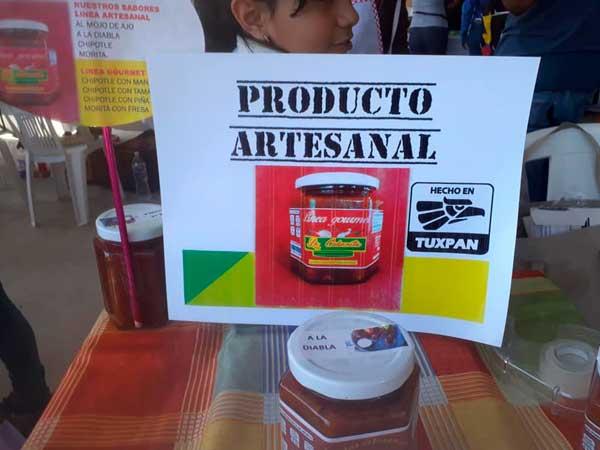 Salsas artesanales hechas a mano en Tuxpan